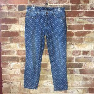 Comfy white polka dot mid rise crop blue jeans